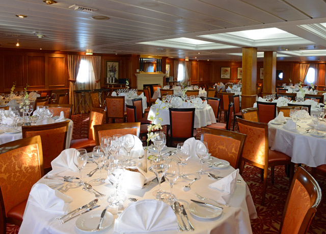 Dining Room, Caledonian Sky, Adventure Cruises