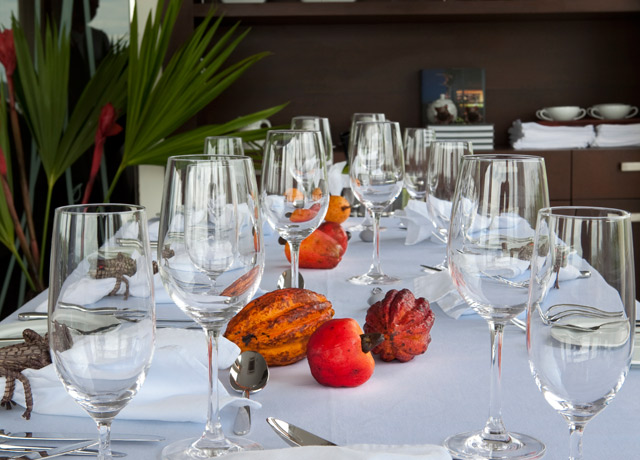Dining Room, Aria, Amazon cruise ships