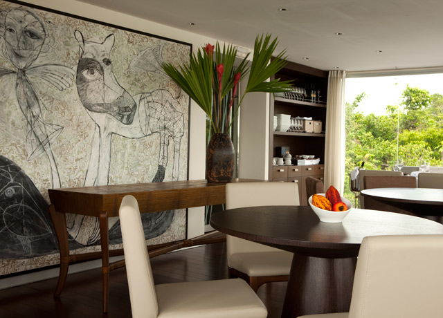 Dining, Aria, Amazon River Cruise ships
