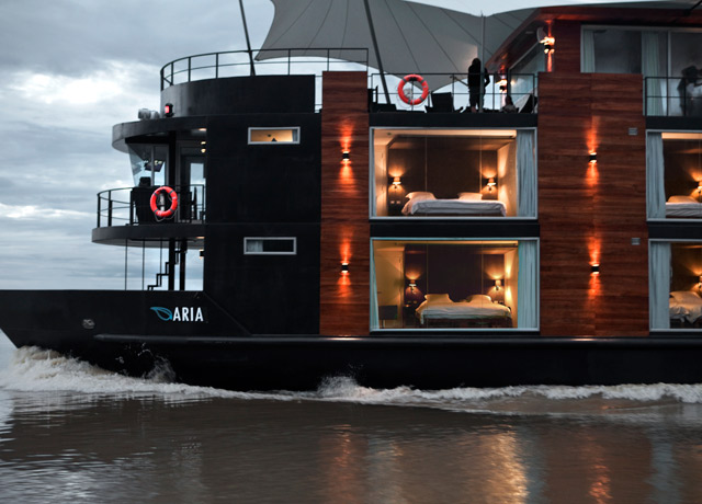 Aria, Amazon River cruise ship