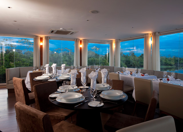 Dining room, Aria, Amazon River voyage