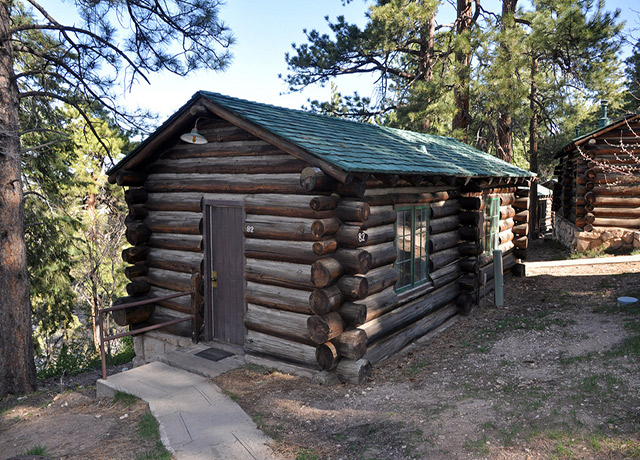 Grand Canyon cabin rentals are available both within the national park and in gateway communities. Enjoy your own space and the feeling of living in a previous era by staying at one of the many Grand Canyon cabins.