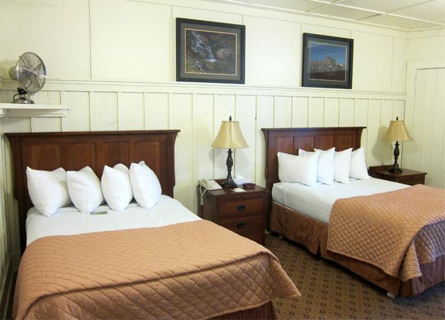 Many Glacier Hotel Montana Hotels Natural Habitat