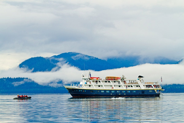 Zodiac cruise, National Geographic Sea Lion, Panama adventure tour