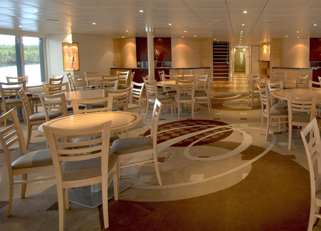 Dining Room, Oceanic Discoverer, Australian cruise