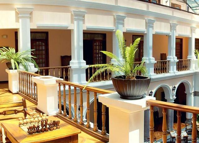 Patio andaluz ecuador hotels natural habitat adventures - Fotos patio andaluz ...