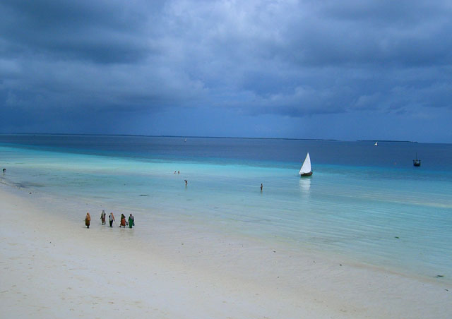 The smell of exotic spices, the calm turquoise waters and the echoes of the call to prayer set my soul at ease on the Indian Ocean island of Zanzibar.