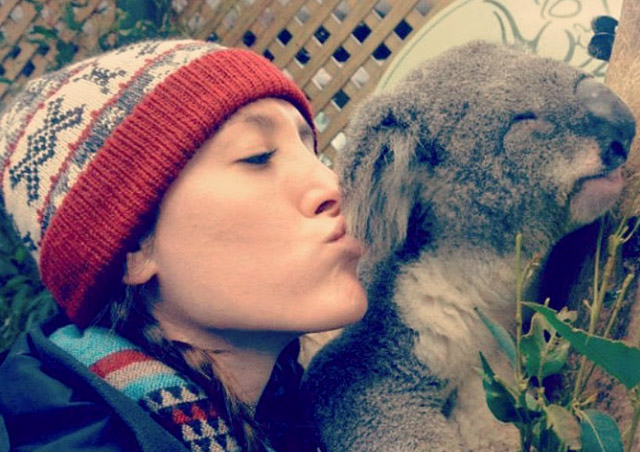 Kola kisses in Australia.