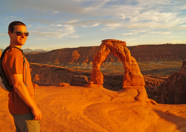 Sunset at the Delicate Arch in Utah's Arches National Park.