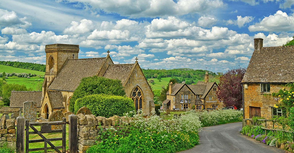 The Cotswolds: Exploring English Nature