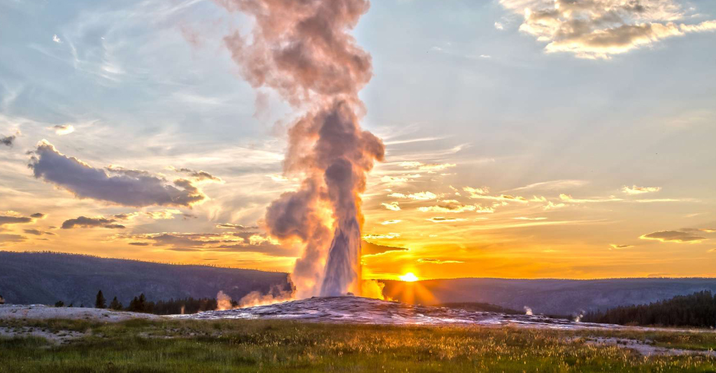 Yellowstone: Adventure Under the Big Sky
