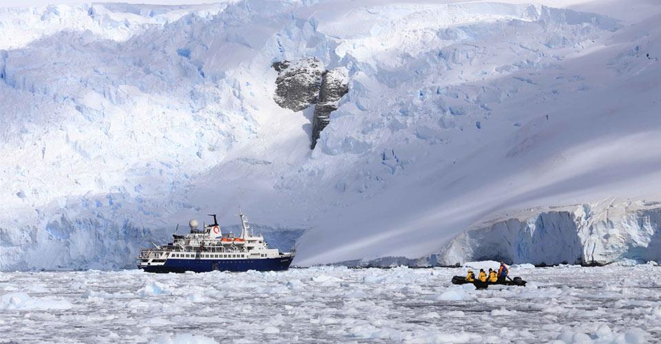 Zodiac cruising, Antarctica
