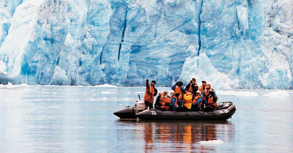 Zodiac cruise, Alaska
