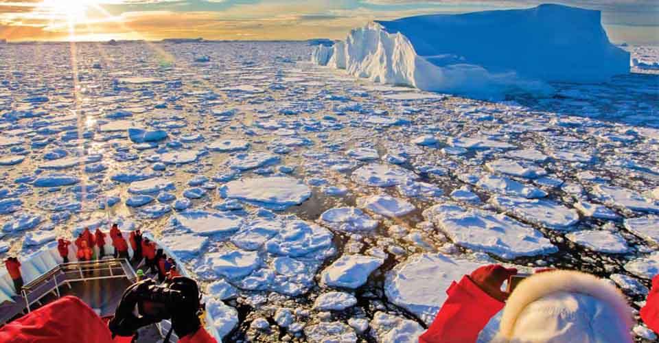 Icebergs, Pleneau Island, Antarctica