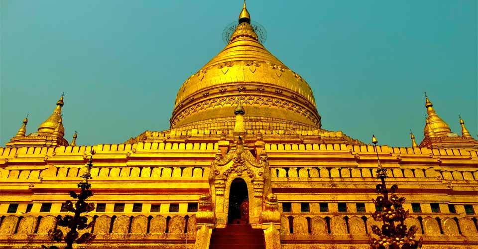 Shwezigon Pagoda, Nyaung-U, Myanmar
